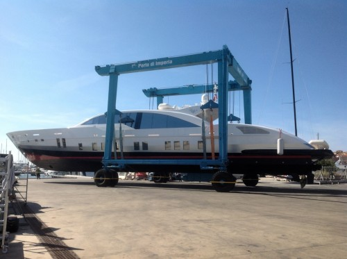 HAULING AND LAUNCHING - Marittima Service Group srl